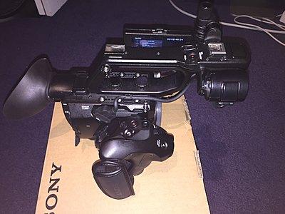 Sony  PXW-FS5 XDCAM Super 35 Camera System-img_6899.jpg