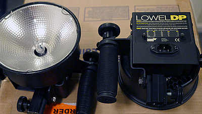 Lowel DP Lights (2), Omni Light, Pro Light, Accessories-lowel4b.jpg