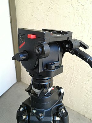 Manfrotto 516 tripod head-p_20160928_110320_1_p.jpg