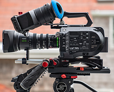 Sony FS7, Two Lens, Lots Extras-fs7-left-profile-1278.jpg