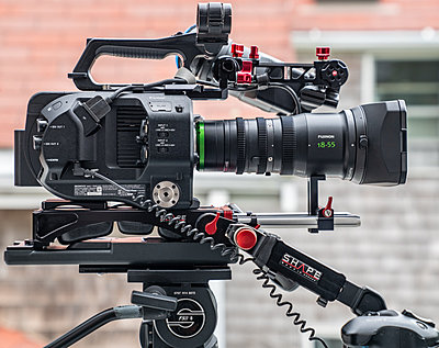 Sony FS7, Two Lens, Lots Extras-fs7-right-profile-1280.jpg