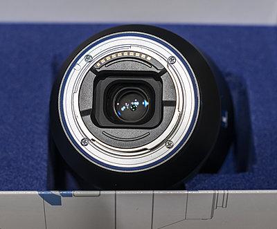 Zeiss Batis 18mm, f/2.8, E-mount-batis-box-back-2426.jpg