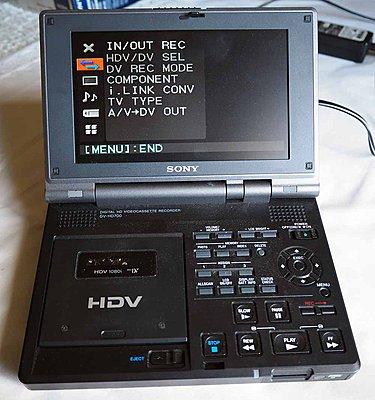Sony GV-HD700 Walkman-walkman-2.jpg