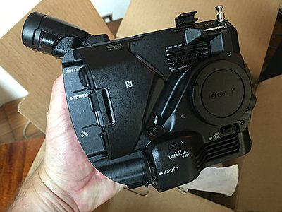 New-in-box Sony FS5-img_2764.jpg