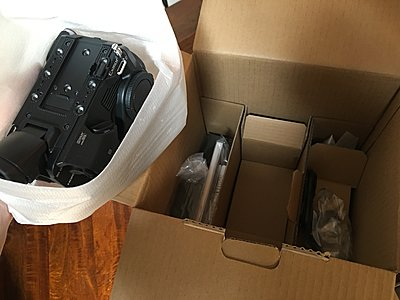 New-in-box Sony FS5-img_2763.jpg