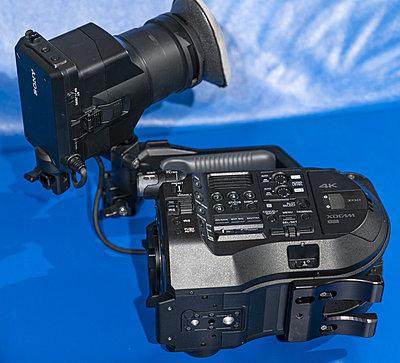 Sony FS7 MK2 kit-camera-bottom-4297.jpg