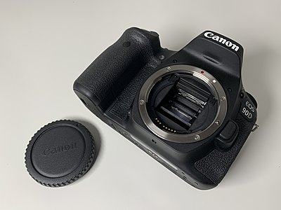 Canon EOS 90D DSLR Camera - Near new-1924927.jpg