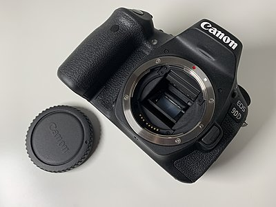 Canon EOS 90D DSLR Camera - Near new-1924930.jpg