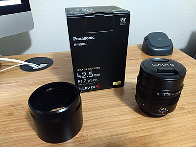 Panasonic Leica DG Nocticron 42.5mm f1.2 MINT/ PRISTINE CONDITION!-leica-f1.2-lens-hood-off.jpg