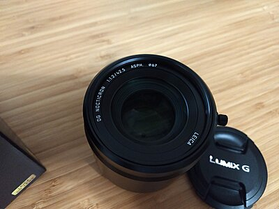 Panasonic Leica DG Nocticron 42.5mm f1.2 MINT/ PRISTINE CONDITION!-leica-top-view.jpg