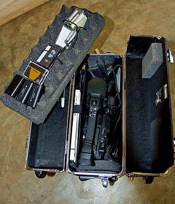 Homemade Shooting Brace for Canon XH-case2.jpg