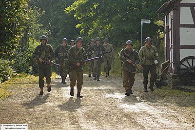 WWII documentary on the FS100-7537927672_b7e0b6c7a6_c.jpg