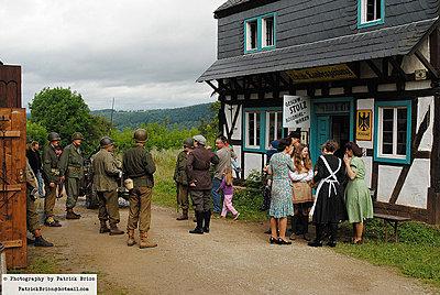 WWII documentary on the FS100-7538677912_dc009653e9_c.jpg