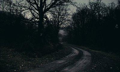 The dead eater -  a bit gothic short movie-sh8a.jpg