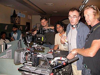 Danny Boyle's SI-2K film winning awards-anthony-dod-mantle-dannt-boyle-set-mini.jpg