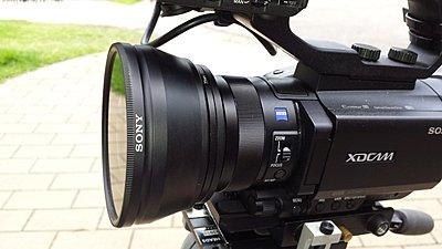 Sony PXW-X70 announced: Pro XDCAM version of AX100-20150129_121333.jpg