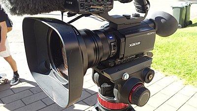 Found a new WA zoom thru for X70-canon-wd-h72_f.jpg
