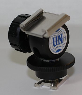 Sony FDR-AX100-shoe-adapter-2.jpg
