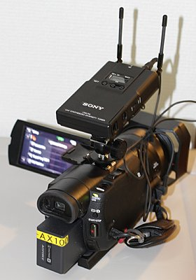 Sony FDR-AX100-shoe-adapter-4.jpg