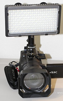 Sony FDR-AX100-shoe-adapter-5.jpg