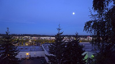 New Sony A7s to shoot 4K video-moon-over-mall-2sml.jpg