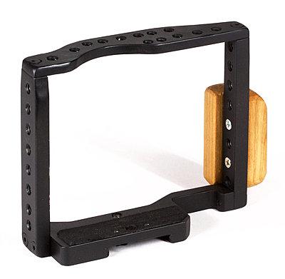 Westside A V A7s Cage and shoulder kit-a7srig5.jpg