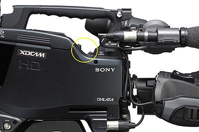 Shotgun mic holder on side of Viewfinder-f800micholderscrews.jpg