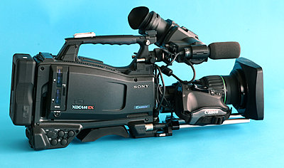 PMW-320 second hand value-overall-sb-wide-angle.jpg
