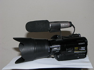 Photos of My Sony HC9 with Accessories-img_6517.jpg