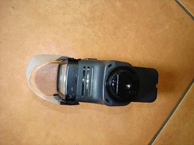 Sony HVL-20DW2 20W Battery Operated Halogen Light-light01.jpg