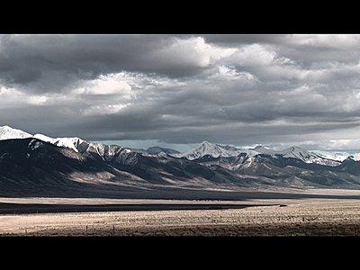 FX1 Simple Bleach Bypass-mountains2.jpg