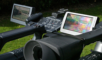 LCD hood for FX1000-screen-compare1.jpg