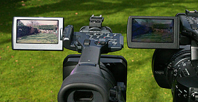 LCD hood for FX1000-screen-compare.jpg