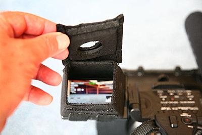 LCD hood for FX1000-loupe1.jpg