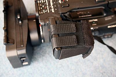 LCD hood for FX1000-loupe4.jpg