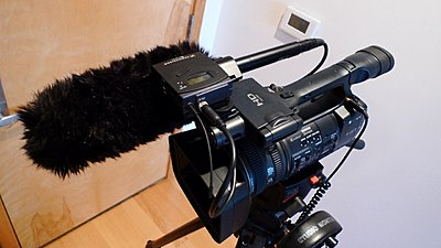 Initial thoughts on the Sony HDR-AX2000 from a newby-ax2000_rig.jpg
