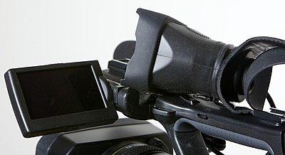 Shoulder brace system for NX5-nxcam13.jpg