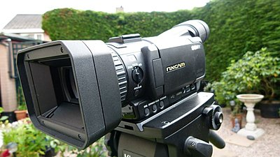 Size of this camera-naked1.jpg