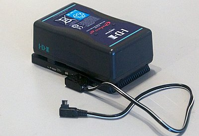 Powering fs700 with anton bauer batteries?-700idxpower.jpg