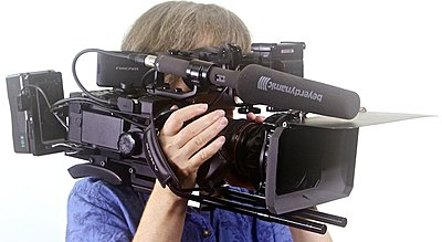FS700 Handles and 12v Power solutions now in stock-_mg_8940.jpg
