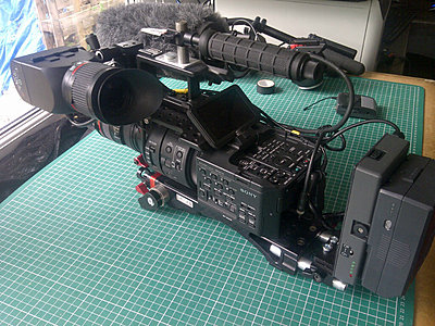 Rigging an FS700 for day to day use- my solution-img-20130814-00595.jpg