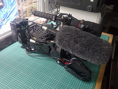Rigging an FS700 for day to day use- my solution-img-20130814-00596.jpg