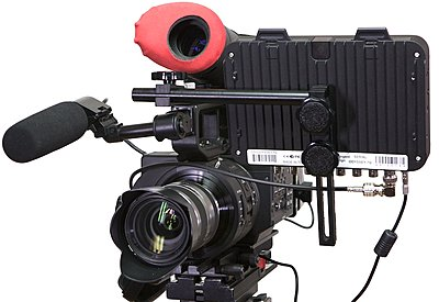 Odyssey mounting bracket for the FS700 in stock now...-o7qbracket3.jpg