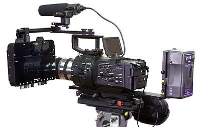 Odyssey mounting bracket for the FS700 in stock now...-o7qbracket23.jpg