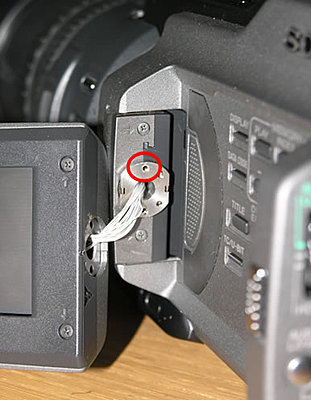 Screwed! (aka: the Which Screw Thread? thread-pd170-lcd_mounting_screws.jpg