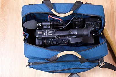 EX1 Shoulder Mount System-fits_in_bag_setup.jpg
