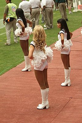 EX3's on the side lines at Texans vs Colts-tc10.jpg