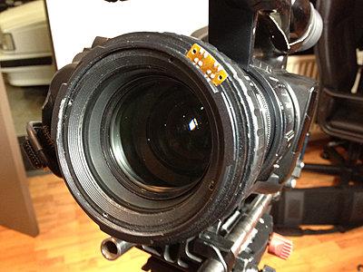 How do I clean internal lens element on EX1.  Sony Service sent back a drity lens.-ex1.jpg