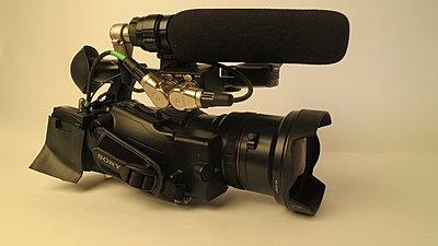short shotgun for ex1r-sony-pmw200-sanken-mic.jpg