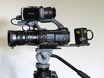 Using the PMW-300 shoulder pad in conjunction with a tripod-pmw-300-shouder-pad.jpg